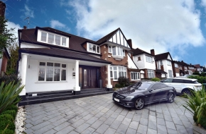 Sudbury Court Drive, Harrow, HA1 - Harrow, Greater London