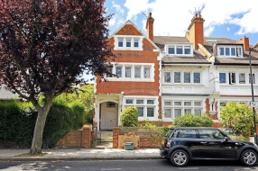 Kidderpore Gardens, Hampstead, London, NW3 - Hampstead, North West London